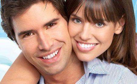 Dịch vụ làm đẹp với răng sứ thẩm mỹ